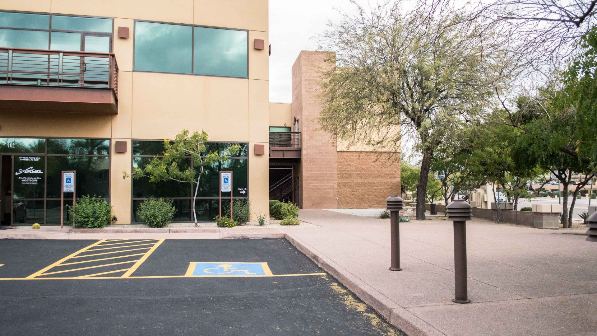 Scottsdale Law Firm - front view - Arizona Law Doctor